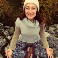Marta Fraticelli - Je transmet le yoga, en essayant d'accorder la pratique aux cycles naturels, à l'extérieur et à l'intérieur de nous.